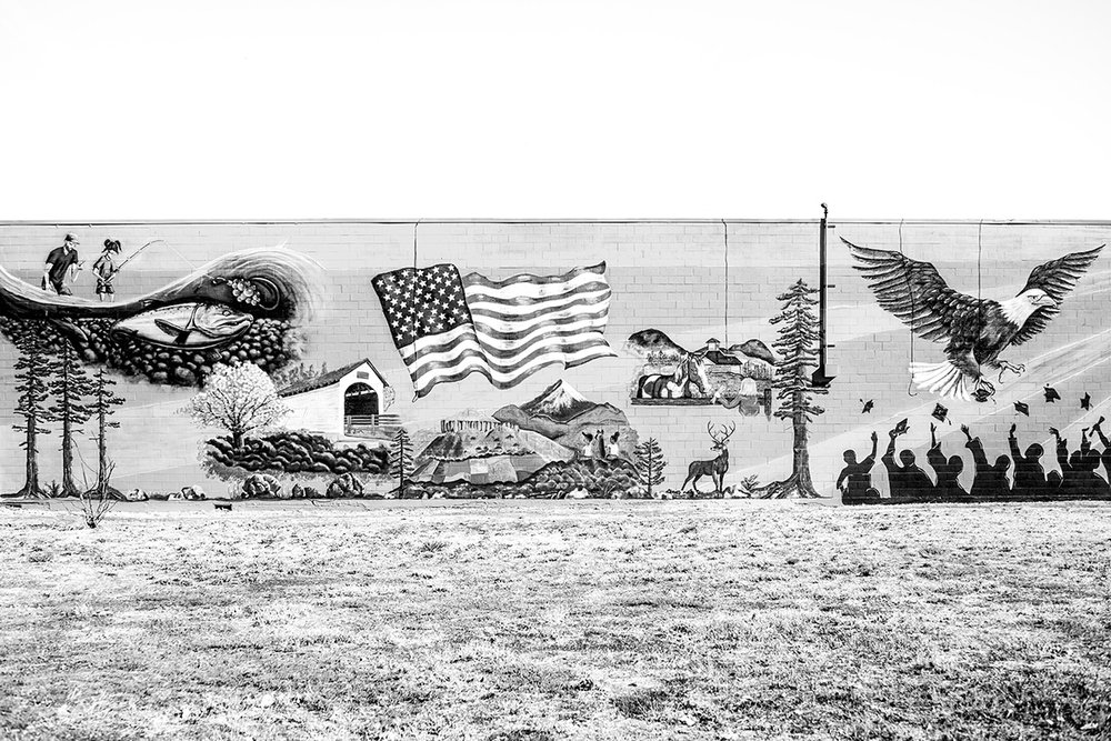 Eagle Point, School District Mural, Oregon, OR, United States by Leica Photographer Manuel Guerzoni in San Francisco.