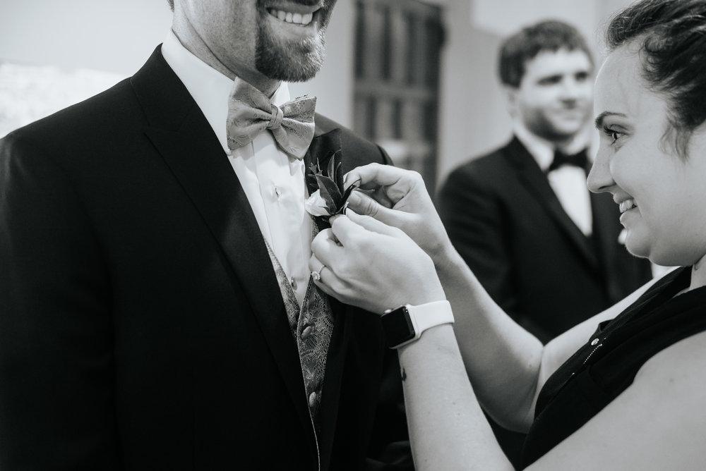Mandy-Brad-Wedding-Previews-2348.jpg
