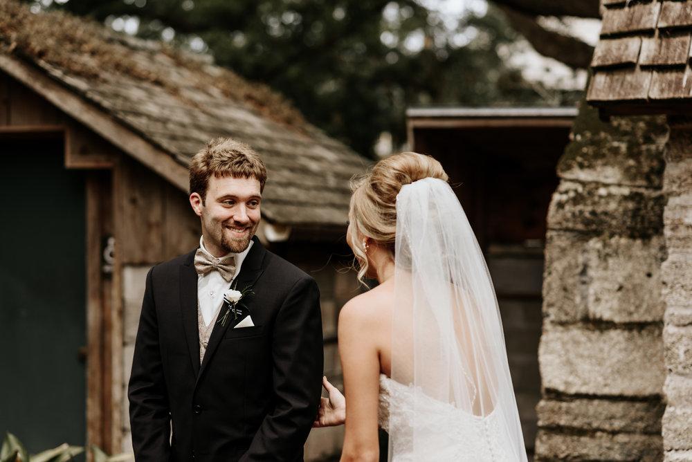 Mandy-Brad-Wedding-Previews-0166.jpg