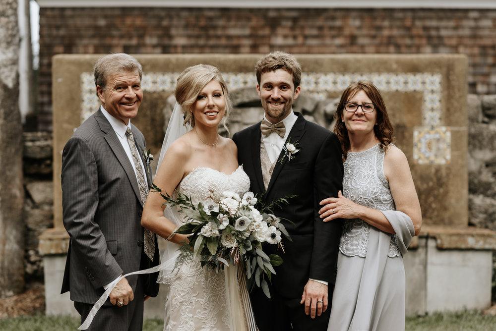 Mandy-Brad-Wedding-Previews-0397.jpg