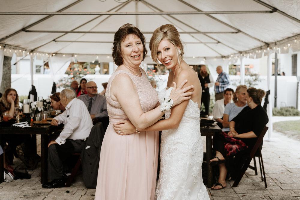 Mandy-Brad-Wedding-Previews-3091.jpg