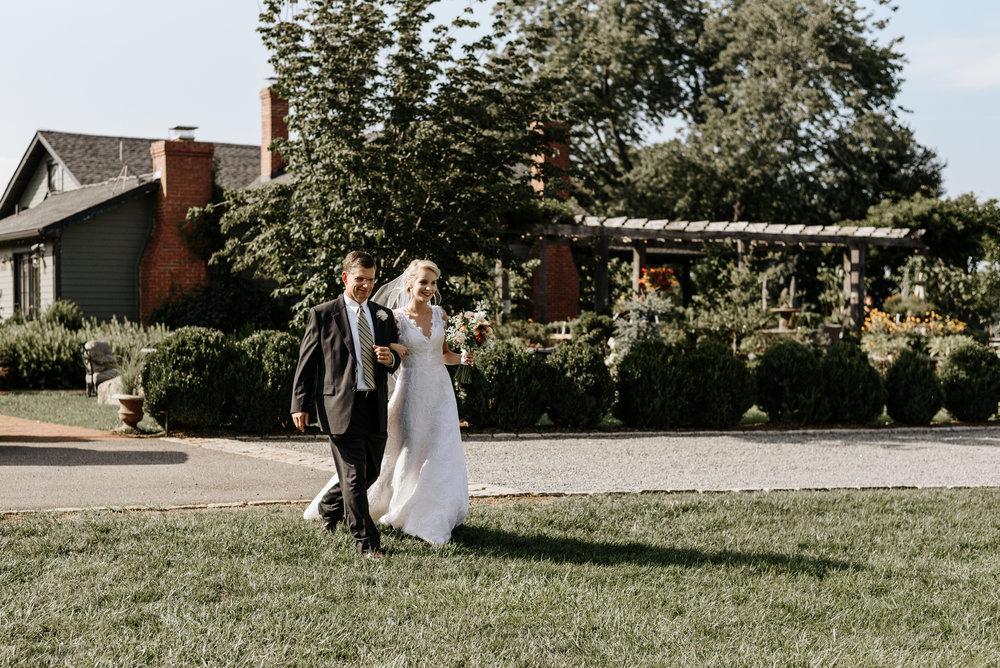 Lauren-Trell-Wedding-Market-at-Grelen-Virginia-Photography-by-V-5889.jpg