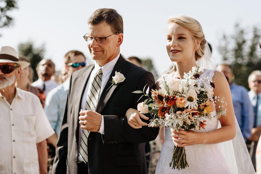 Lauren-Trell-Wedding-Market-at-Grelen-Virginia-Photography-by-V-0080.jpg