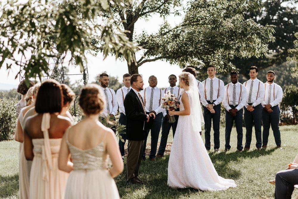 Lauren-Trell-Wedding-Market-at-Grelen-Virginia-Photography-by-V-0089.jpg