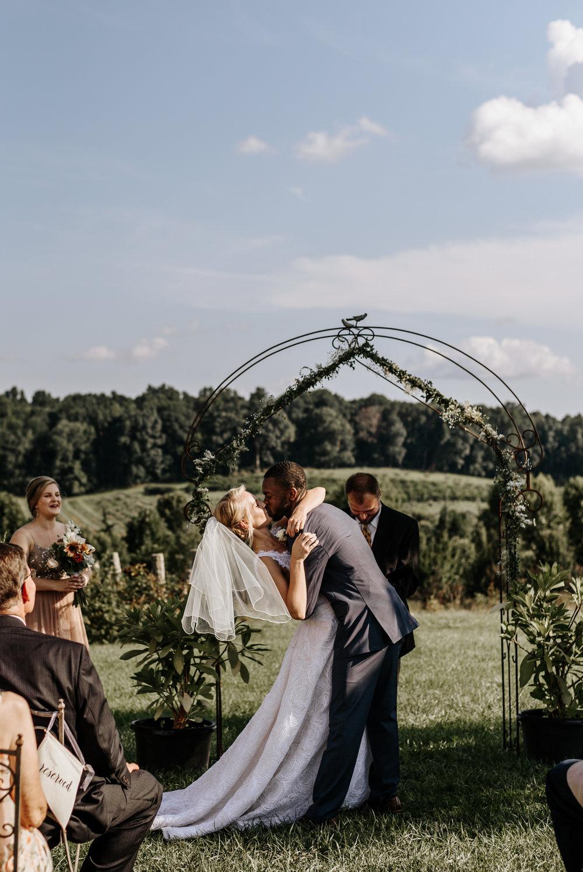 Lauren-Trell-Wedding-Market-at-Grelen-Virginia-Photography-by-V-6049.jpg