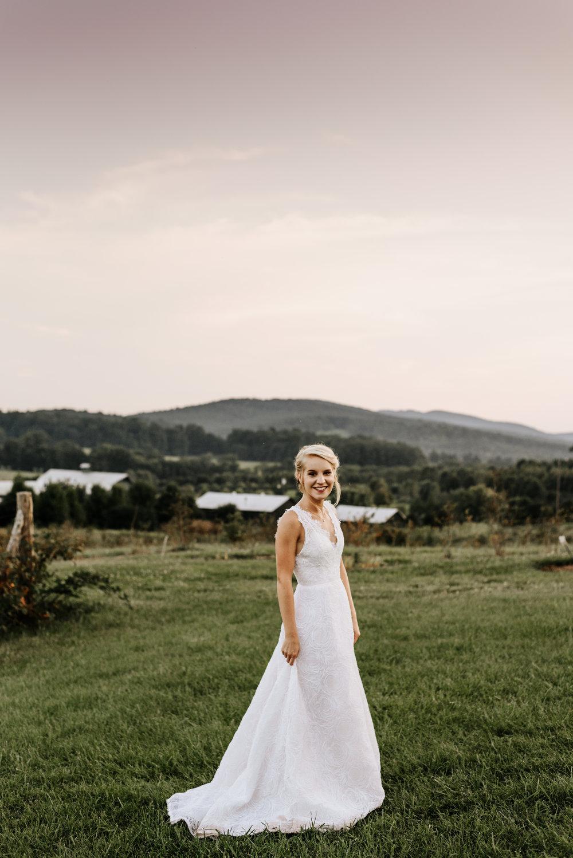 Lauren-Trell-Wedding-Market-at-Grelen-Virginia-Photography-by-V-6676.jpg