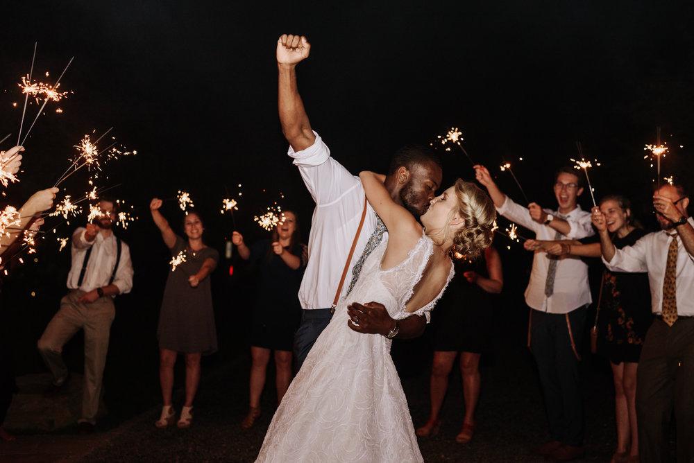 Lauren-Trell-Wedding-Market-at-Grelen-Virginia-Photography-by-V-7418.jpg