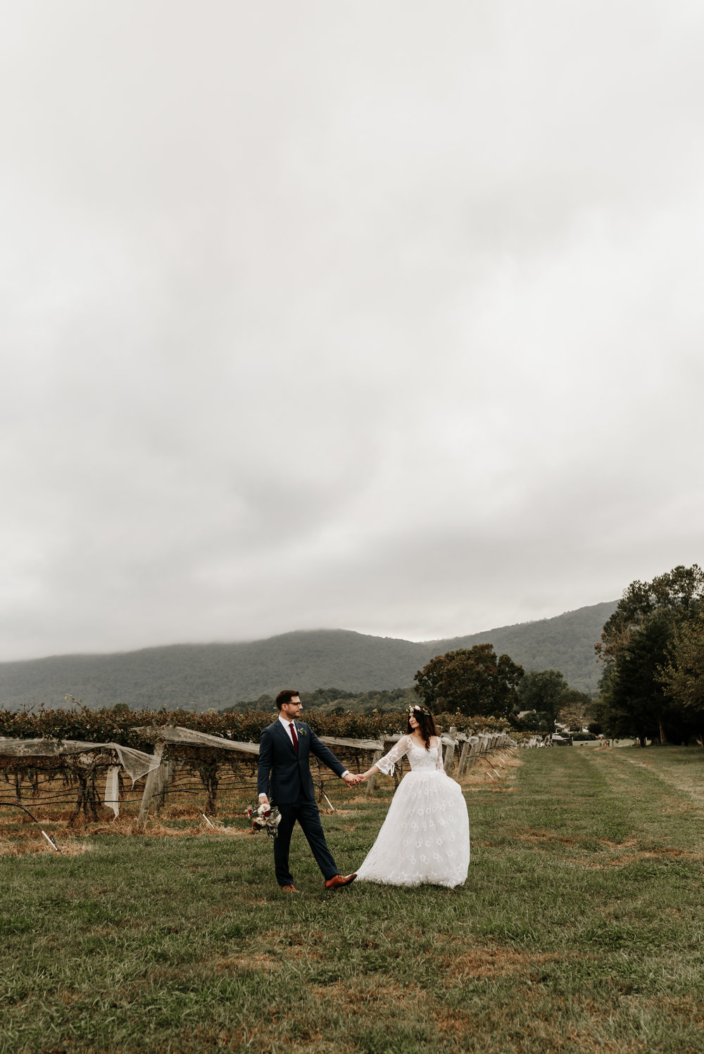 Veritas-Vineyards-and-Winery-Wedding-Photography-Afton-Virginia-Yasmin-Seth-Photography-by-V-9535.jpg