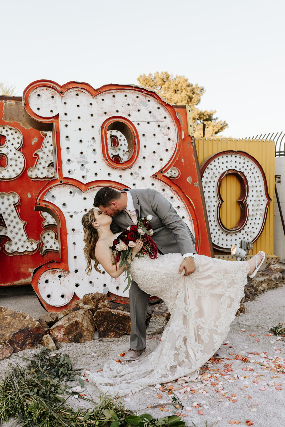 Neon-Museum-Wedding-Las-Vegas-Nevada-Golden-Nugget-Photography-by-V-Ally-and-Dan-3213.jpg