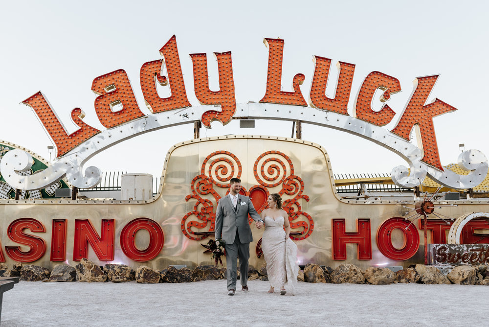 Neon-Museum-Wedding-Las-Vegas-Nevada-Golden-Nugget-Photography-by-V-Ally-and-Dan-3236.jpg