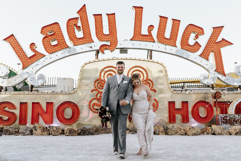 Neon-Museum-Wedding-Las-Vegas-Nevada-Golden-Nugget-Photography-by-V-Ally-and-Dan-3242.jpg