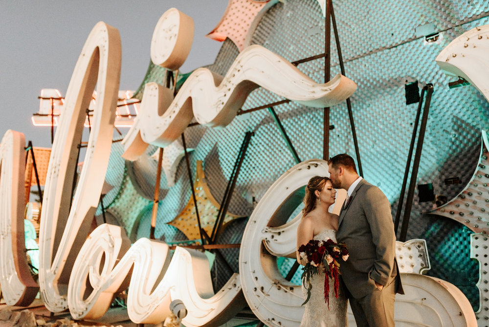 Neon-Museum-Wedding-Las-Vegas-Nevada-Golden-Nugget-Photography-by-V-Ally-and-Dan-3358.jpg
