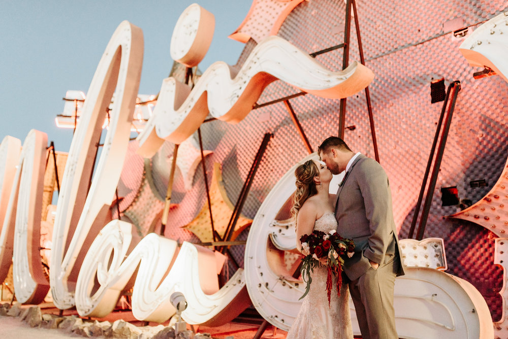 Neon-Museum-Wedding-Las-Vegas-Nevada-Golden-Nugget-Photography-by-V-Ally-and-Dan-3366.jpg