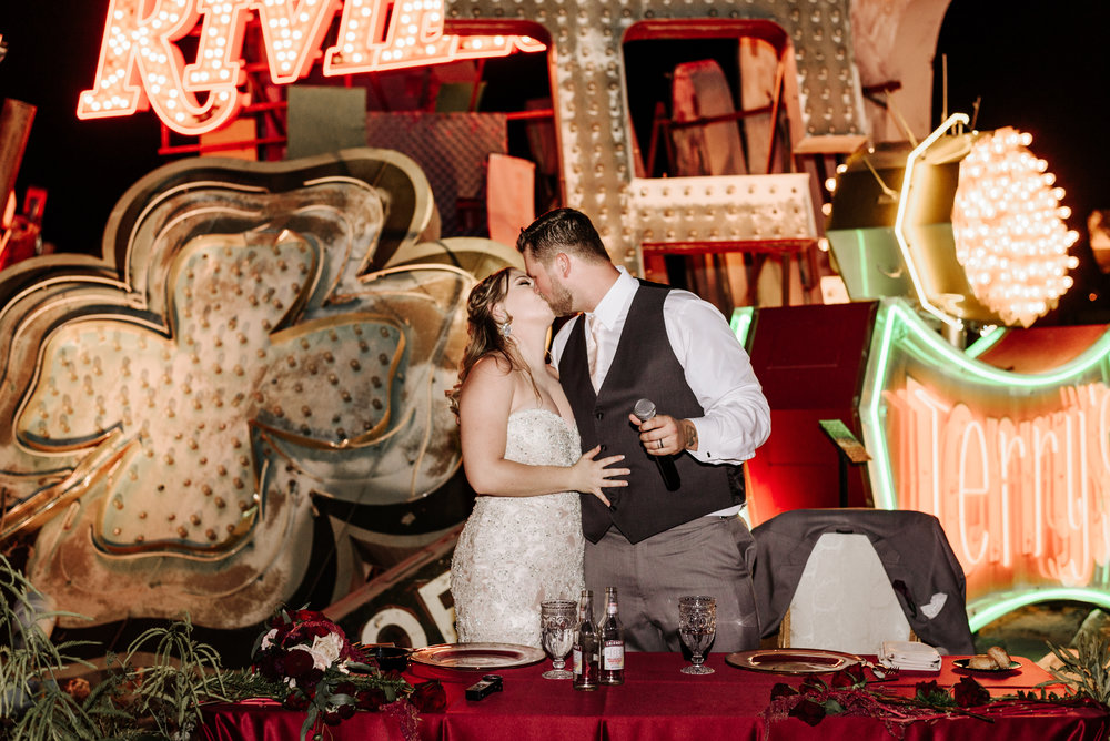 Neon-Museum-Wedding-Las-Vegas-Nevada-Golden-Nugget-Photography-by-V-Ally-and-Dan-7116.jpg