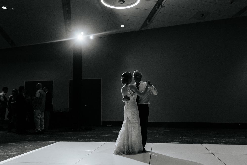 Lauren-Kyle-Brannon-Civic-Center-Wedding-Orlando-Wedding-Photographer-Photography-by-V-1191.jpg