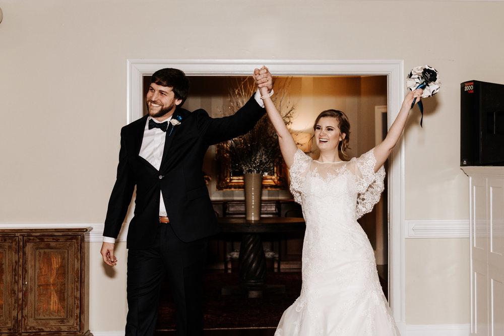 Katie-Stephen-Wedding-Mill-at-Fine-Creek-Richmond-Wedding-Photography-by-V-2483.jpg