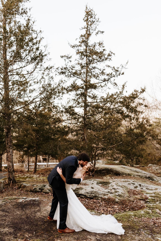 Katie-Stephen-Wedding-Mill-at-Fine-Creek-Richmond-Wedding-Photography-by-V-5068.jpg