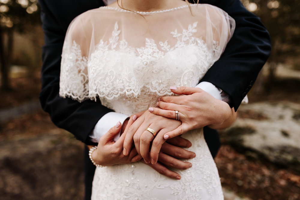 Katie-Stephen-Wedding-Mill-at-Fine-Creek-Richmond-Wedding-Photography-by-V-5083.jpg
