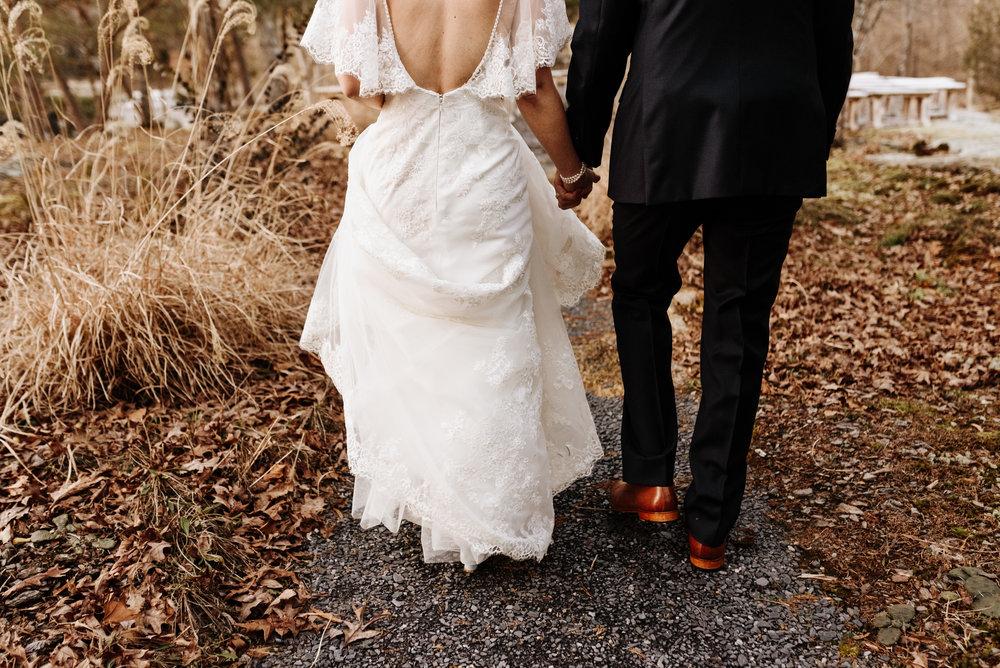 Katie-Stephen-Wedding-Mill-at-Fine-Creek-Richmond-Wedding-Photography-by-V-5092.jpg