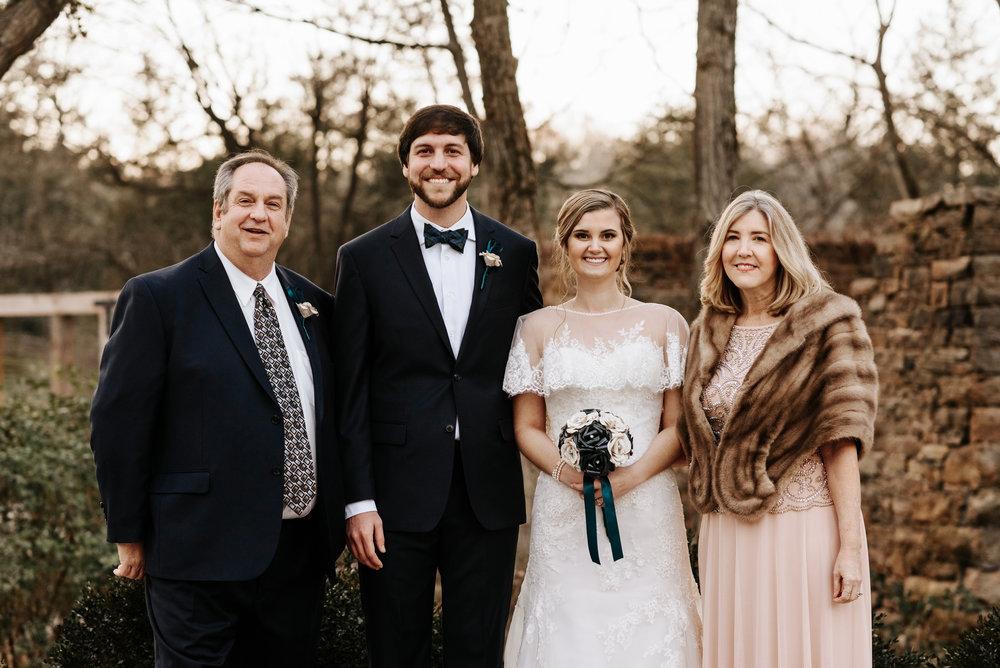 Katie-Stephen-Wedding-Mill-at-Fine-Creek-Richmond-Wedding-Photography-by-V-8847.jpg