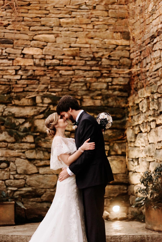 Katie-Stephen-Wedding-Mill-at-Fine-Creek-Richmond-Wedding-Photography-by-V-8942.jpg