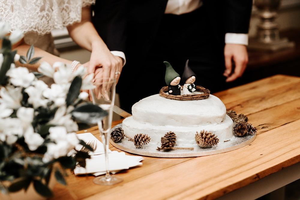 Katie-Stephen-Wedding-Mill-at-Fine-Creek-Richmond-Wedding-Photography-by-V-9061.jpg