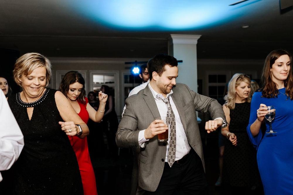 Katie-Stephen-Wedding-Mill-at-Fine-Creek-Richmond-Wedding-Photography-by-V-9099.jpg