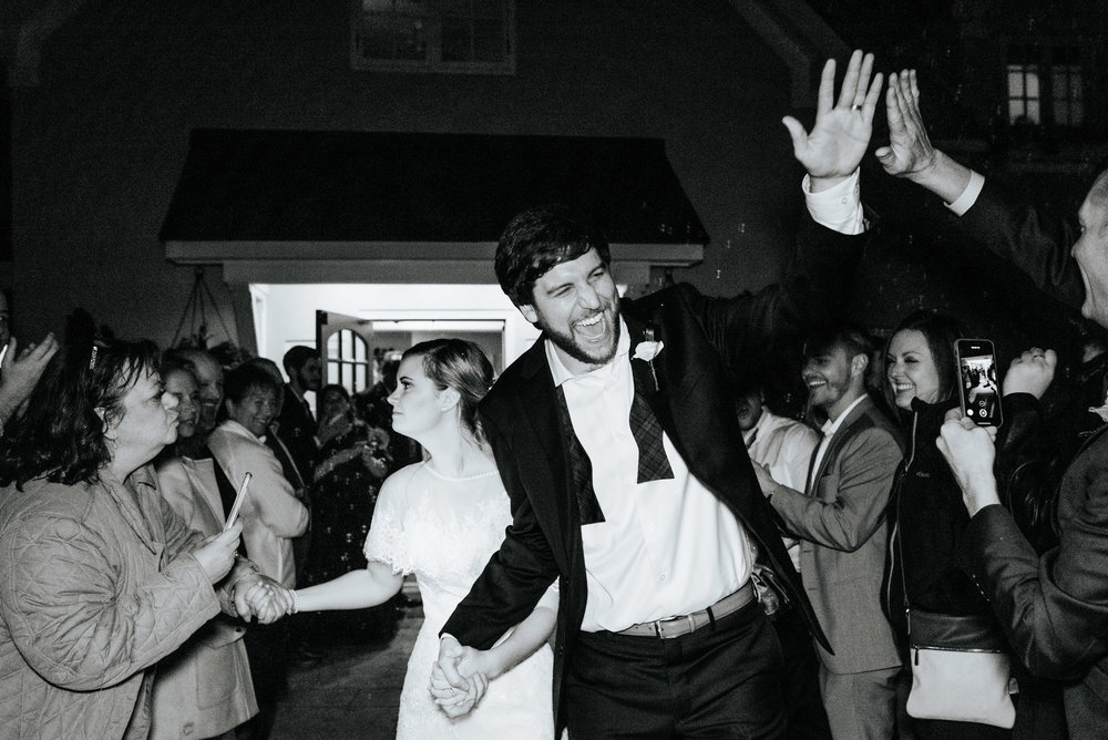 Katie-Stephen-Wedding-Mill-at-Fine-Creek-Richmond-Wedding-Photography-by-V-9889.jpg
