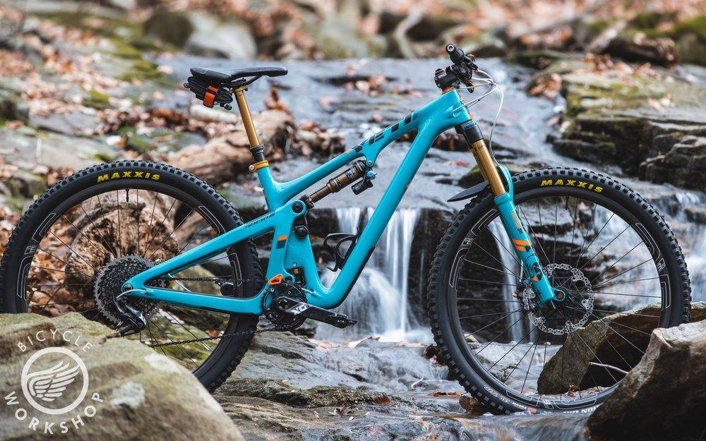 Yeti Cycles SB130 - Custom full suspension mountain bike