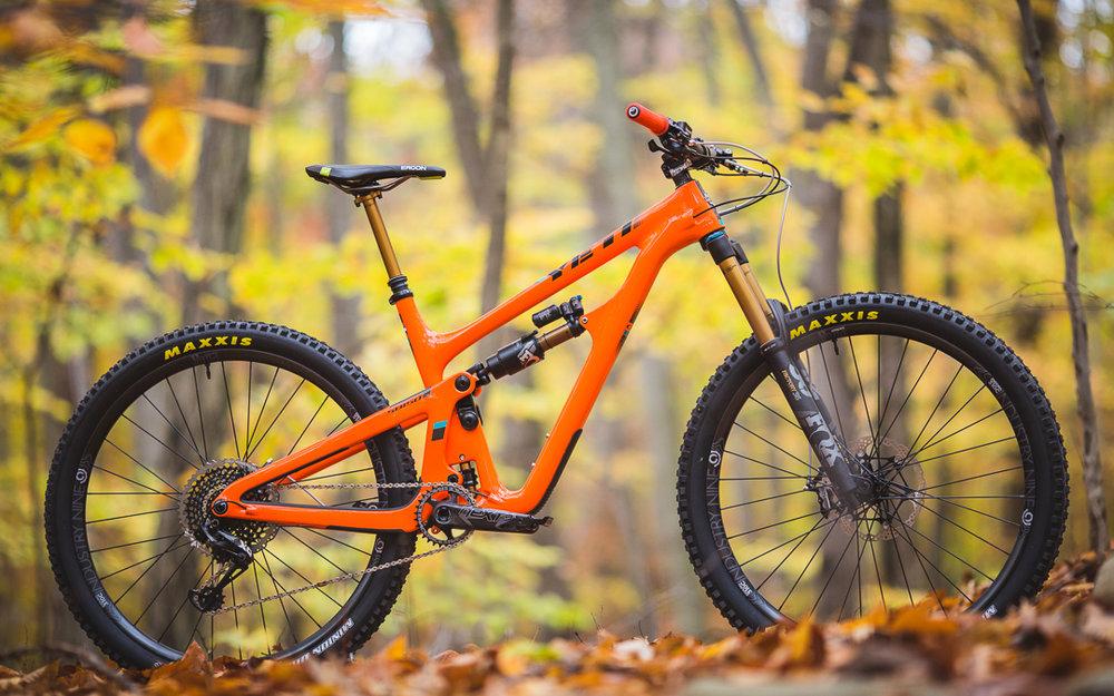 Yeti Cycles SB150 - Custom full suspension mountain bike