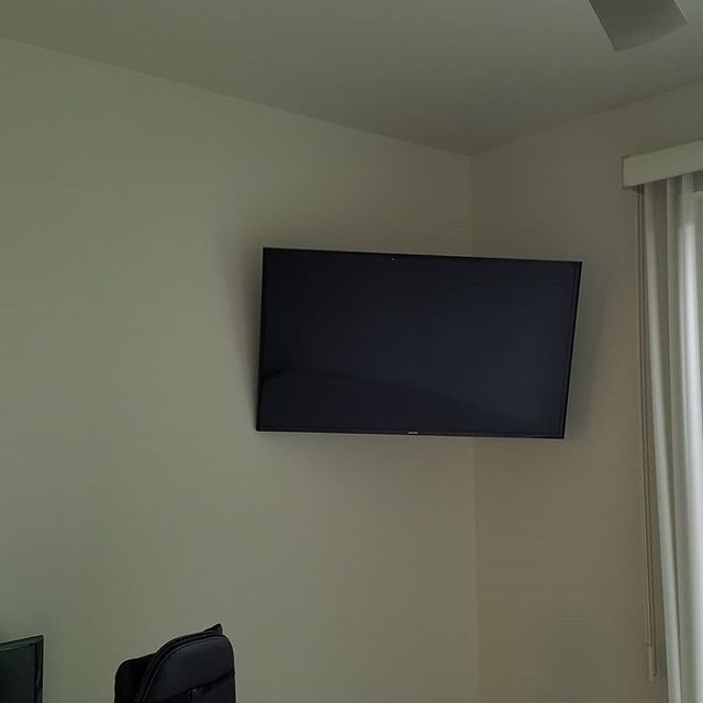 "We can professionally mount any size TV on your wall and make it look great by hiding the cables for you. This customer chose to have full motion mounts installed which also allows them to move the TV 20"" in every direction. Call us today to get your TV's mounted too! #cleaninstallsonly #nowires #justmoved #tvonwall #fullmotionmount #technology #techjunkiesaz"