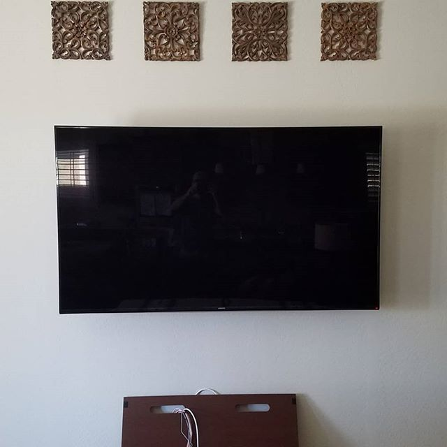 Let us take care of mounting your TV! #tvmounting #cleaninstallsonly #floatingtv #technology #smarthome #techjunkiesaz