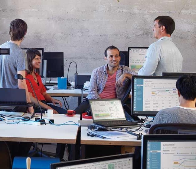 Microsoft Office 365 Team Working.jpg