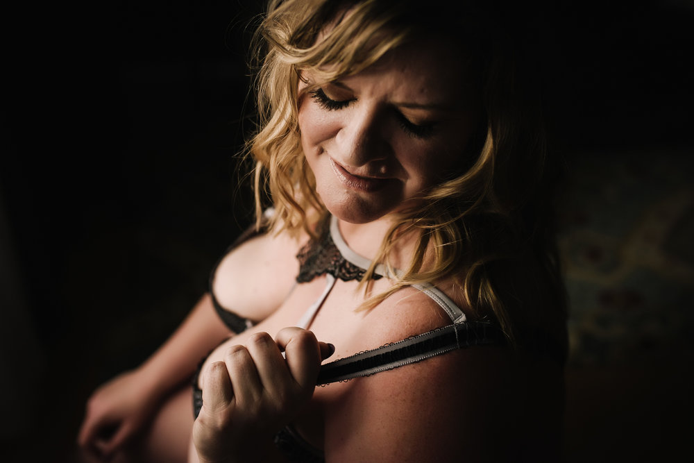 Calgary Boudoir Photographer, Mature Woman, Over 50, Artist Shannon Smith