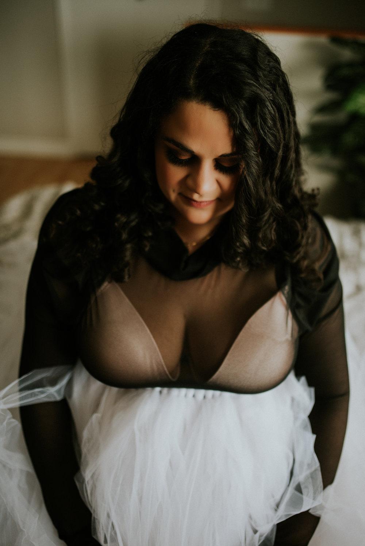 Maternity, Glamour, Boudoir, Artist Shannon Smith, Calgary Photographer
