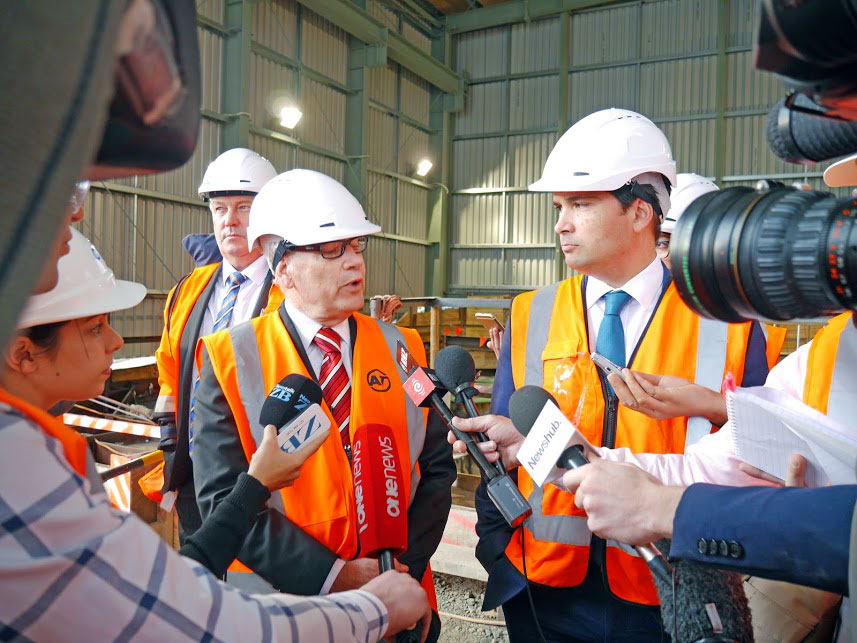 HEADS OF AGREEMENT: Auckland Mayor Len Brown and Transport Minister Simon Bridges talk to media
