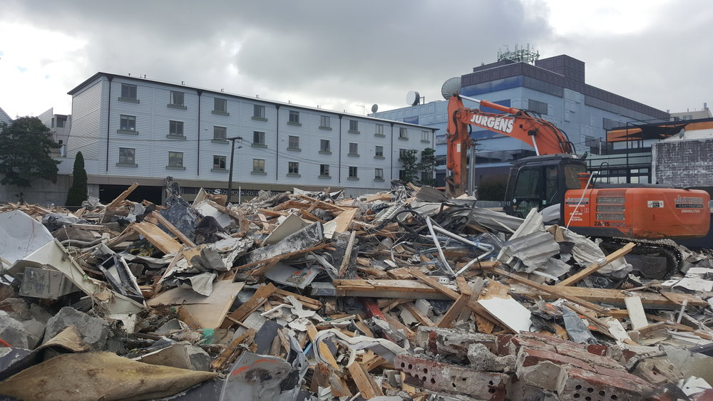 Demolition of apartments in Mount Eden before stormwater diversion starts