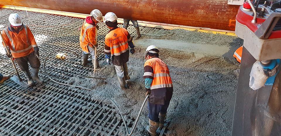 Albert concrete pour starts 9 July 2018.jpg