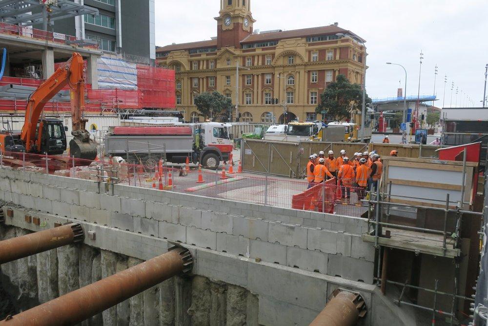 CRL construction Lower Queen Street October 2018