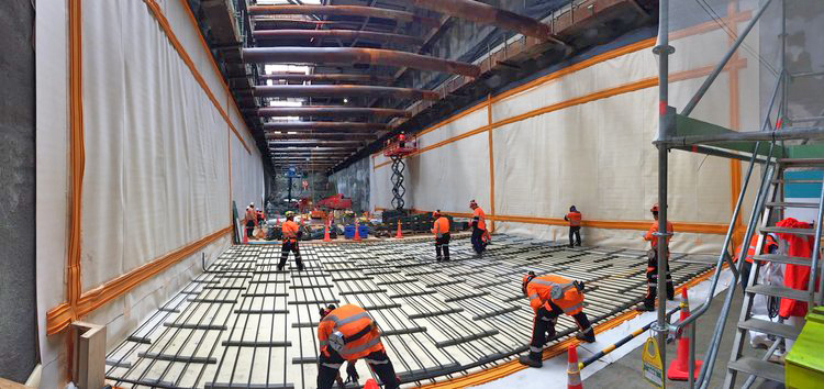 TUNNEL BOX: Applying waterproofing before the concrete pour