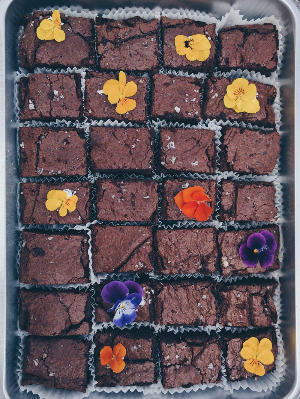 volpe_artisan_baker_lisa_posatska_brownies.jpg