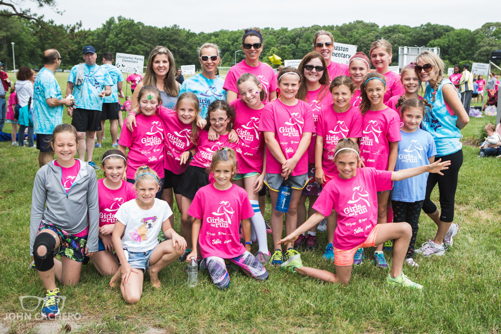 2017 Girls on the Run Hampton Roads Spring 5K event photo by John Cachero Photography