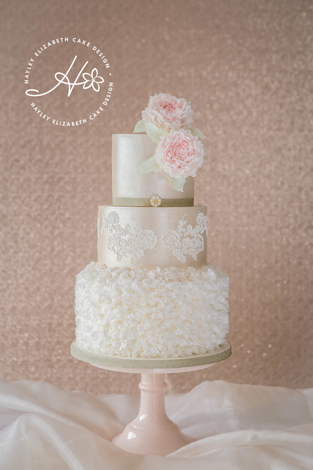 ruffle-wedding-cake-with-fluffy-peonies.jpg