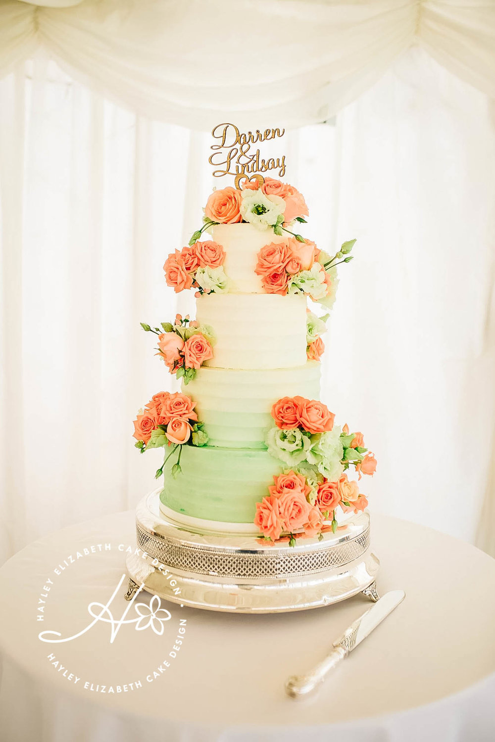 textured-buttercream-wedding-cake_.jpg