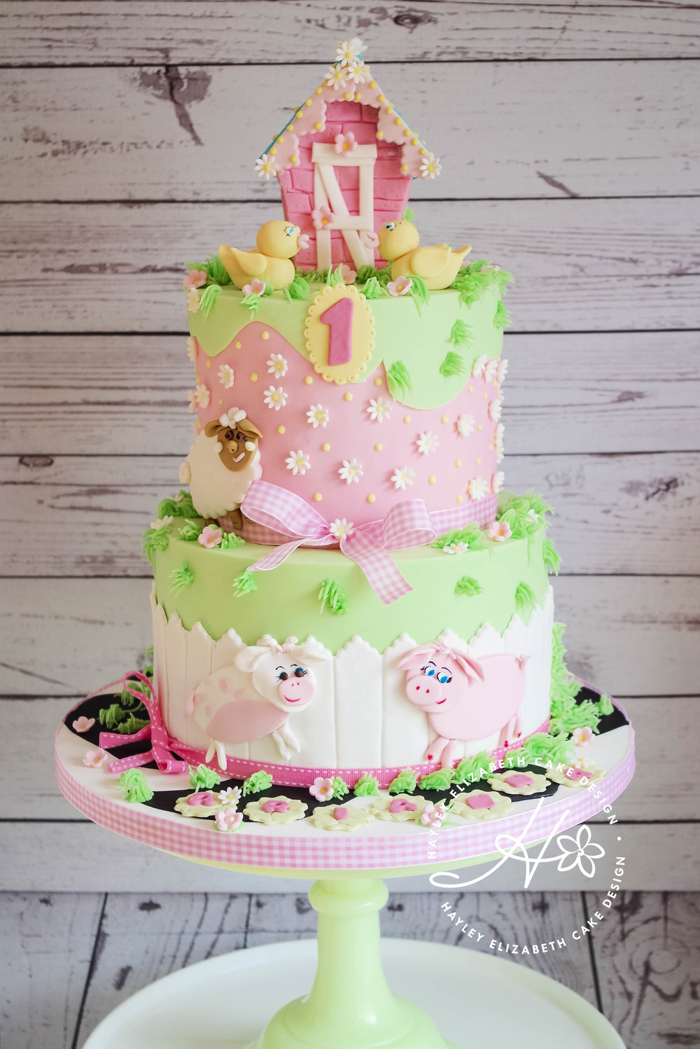 girly-farmyard-birthday-cake.jpg