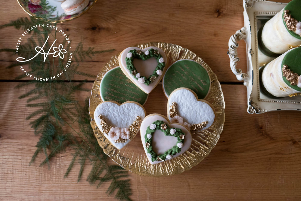 heart-shaped-cookie-favours.jpg