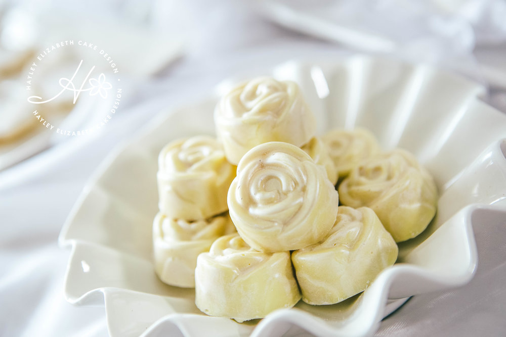 white-chcolate-roses.jpg