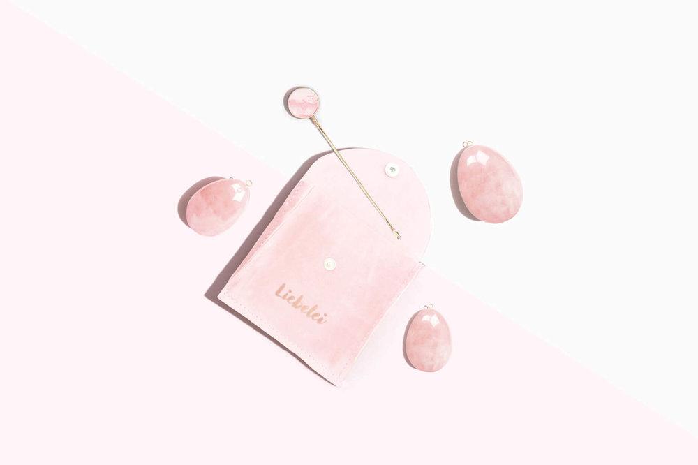 liebelei-lynea-yoni-ei-set-pouch.jpg