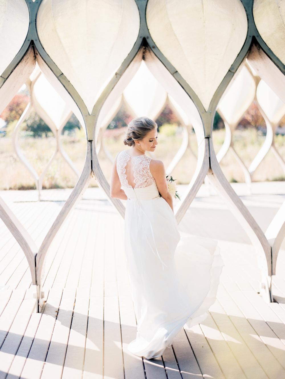 kristin-la-voie-photography-bridgeport-art-center-wedding-chicago-wedding-photographer-90.jpg