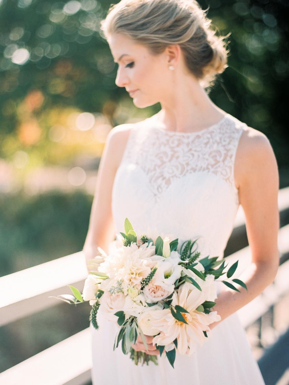 kristin-la-voie-photography-bridgeport-art-center-wedding-chicago-wedding-photographer-96.jpg